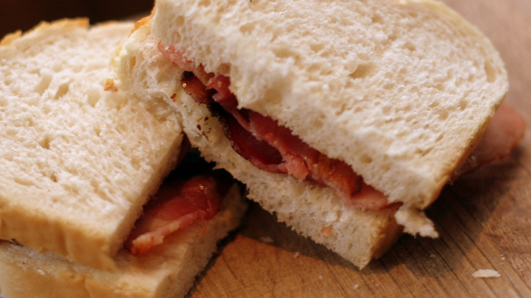 waternish-farm-bacon-sandwich
